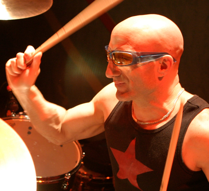 Portrait of Kenny Aronoff / Kings of Chaos